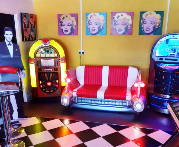 new showroom car sofa